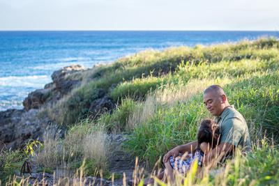 Beach, Beach, Central, Child, Family, Oahu, Oahu, Photographer, Photographer, Photographer, Portraits, Sessions, Surf, lifestyle, photos, portraits, Daddy, daughter, family, ocean, cliffs, conversation