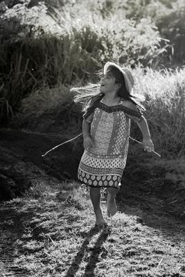 Beach, Beach, Central, Child, Family, Oahu, Oahu, Photographer, Photographer, Photographer, Portraits, Sessions, Surf, lifestyle, photos, portraits, dancing, dirt, roads