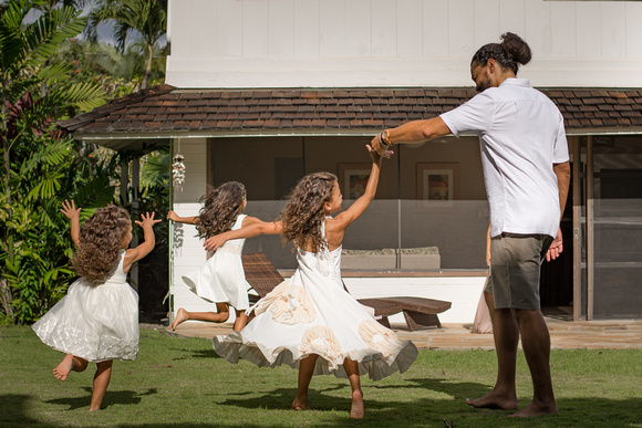 Dancing with Daddy, Outdoor fun, children, lifestyle session, Kailua Family photographer