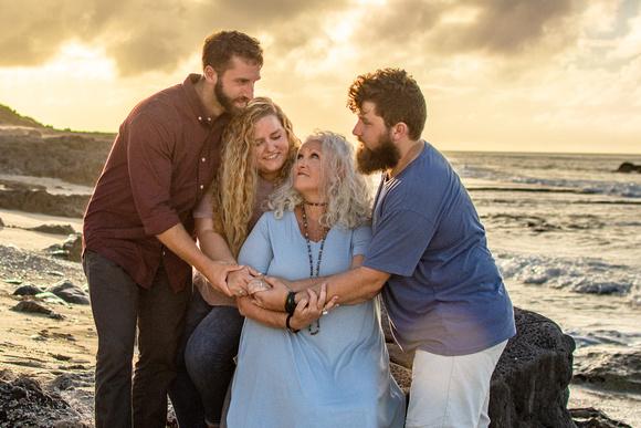 Oahu Family Photographer, Hawaii Photographer, Oahu Portrait Photographer, Kaena Point, Hawaii Family Photographer