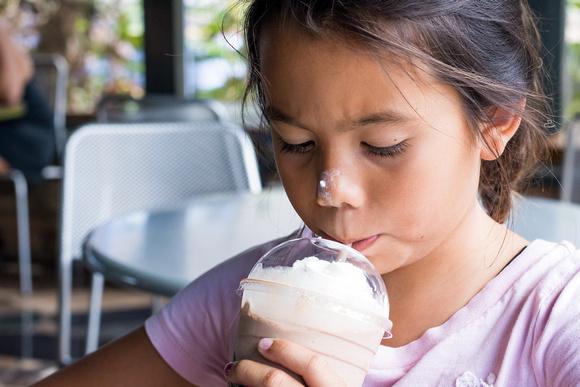 Coffee Gallery, Oahu Family photographer, Hawaii Family photographer, milkshakes